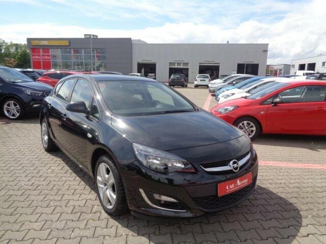 Opel Astra 1.4 Fun *SHZ*Tempomat*PDC-Hi.*, Jahr 2013, Benzin