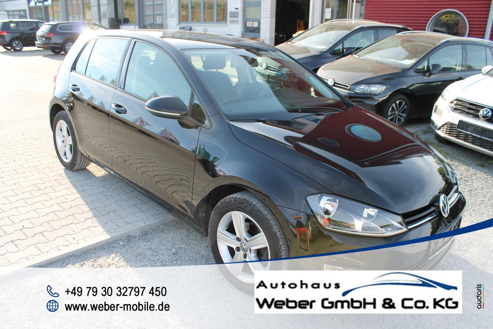 Volkswagen Golf VII 1.2 TSI *Comfortline*SHZ*Tagfahrlicht*Einparkhilfe vo+hi*, Jahr 2015, Benzin