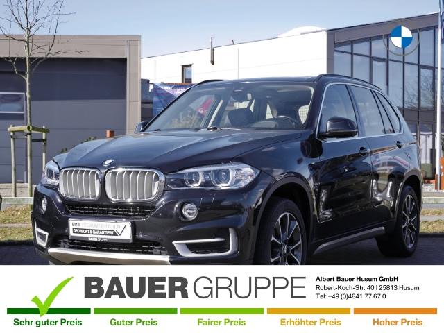 BMW X5 xDrive30d Leder Xenon Navi Keyless AD HUD Rückfahrkam. Allrad Panorama Niveau Holzausst., Jahr 2015, Diesel