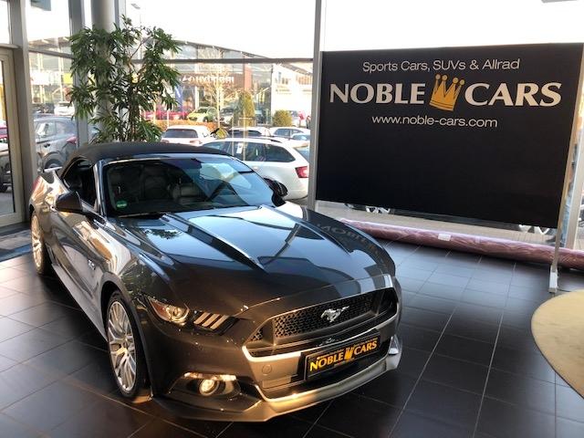Ford Mustang Cabrio 5.0 Ti-VCT V8 Aut. GT XEN+NAV+SHZ, Jahr 2017, Benzin