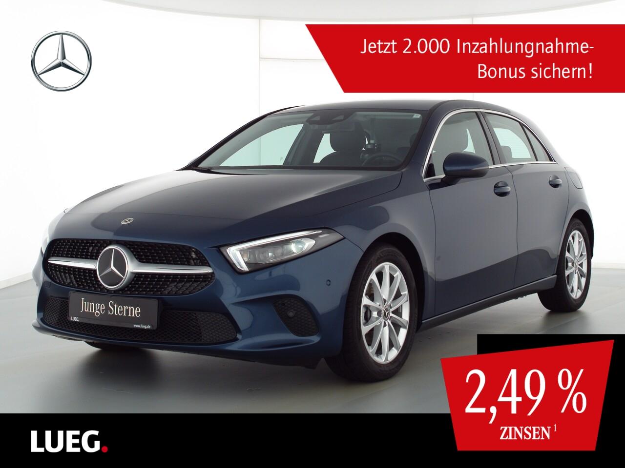 Mercedes-Benz A 180 Progressive+MBUXHighE+Mbeam+Sthzg+Distr+RK, Jahr 2020, Benzin