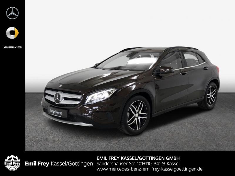 Mercedes-Benz GLA 250 4M Style+ILS+Distro+schöne Farbkombination, Jahr 2015, Benzin