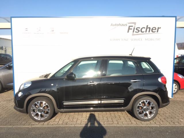 Fiat 500L 1.4 16V Trekking, Jahr 2017, Benzin