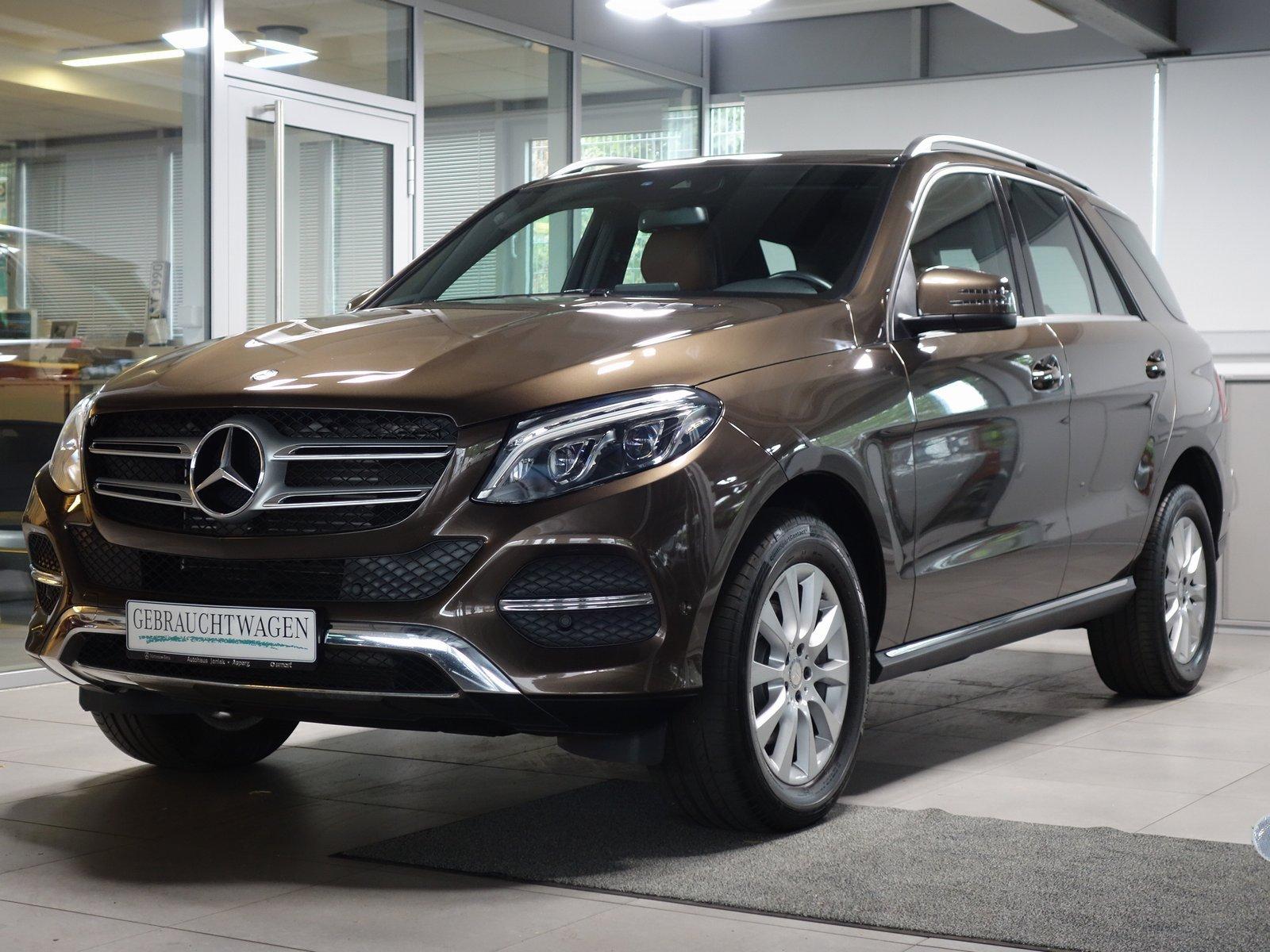 Mercedes-Benz GLE 350d 4M|Comand|Leder|Parktronic&Kamera|Euro6, Jahr 2016, Diesel