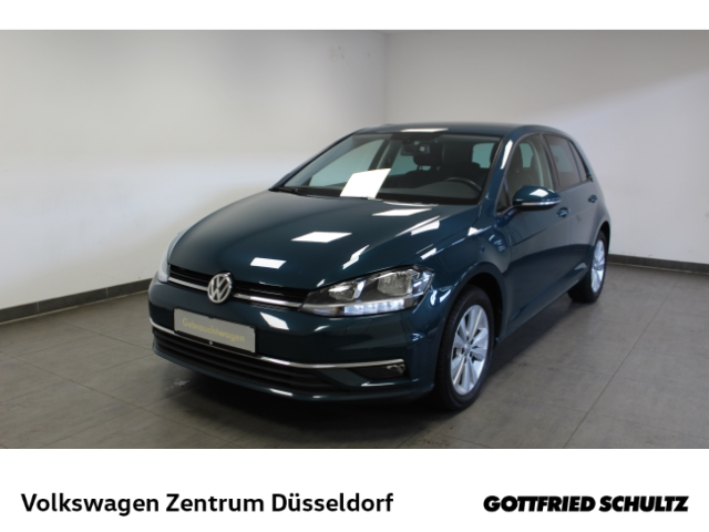 Volkswagen Golf Comfortline 1.0 TSI *Navi*SHZ*ACC*PDC*, Jahr 2018, Benzin