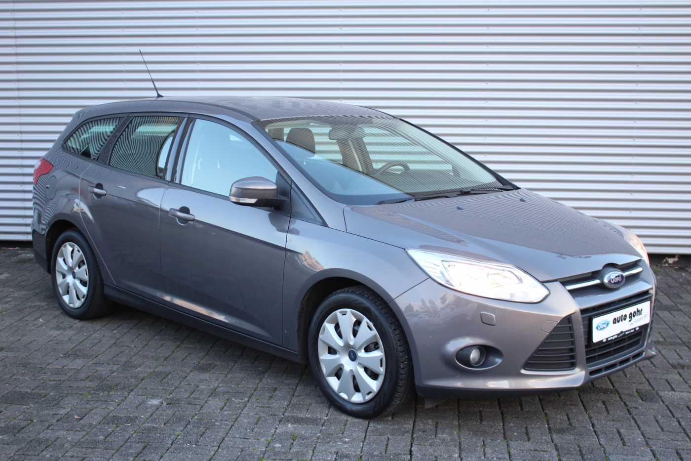 Ford Focus Turnier 1.6 Ti-VCT Trend *RADIO*KLIMA*SITZHEIZ*, Jahr 2012, Benzin