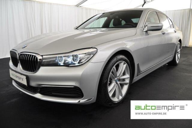 BMW 730d NAVI/LED/S-CLOSE/ALARM/M-DISPLAY/SHZ v+h/19, Jahr 2018, Diesel