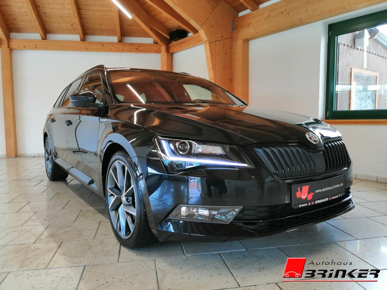 Skoda Superb Combi Sportline 2.0 TDI DSG 140 KW P-Dach, Jahr 2018, Diesel