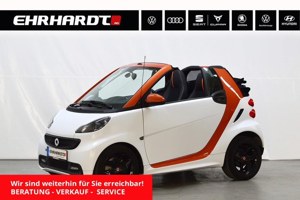 smart fortwo cabrio Micro Hybrid passion *Klima*SHZ*, Jahr 2015, Benzin