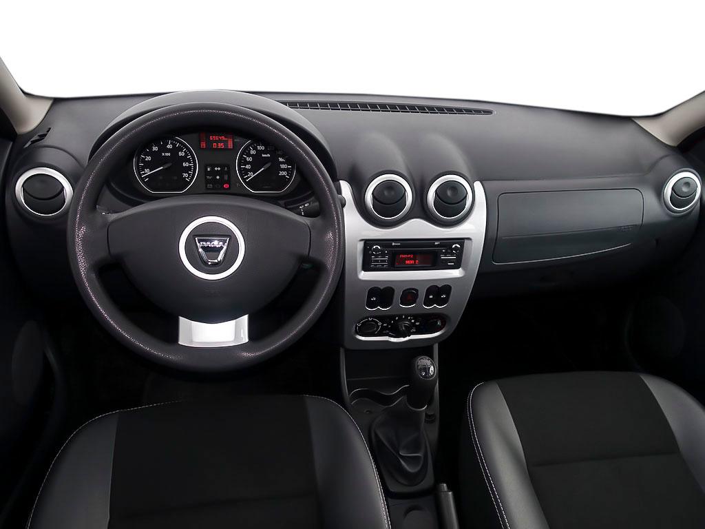 Dacia Sandero LAUREATE II 1.6 Klima, Jahr 2013, Benzin