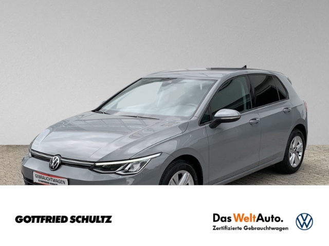 Volkswagen Golf 8 1.5 TSI LED NAVI DAB PDC Life, Jahr 2021, Benzin