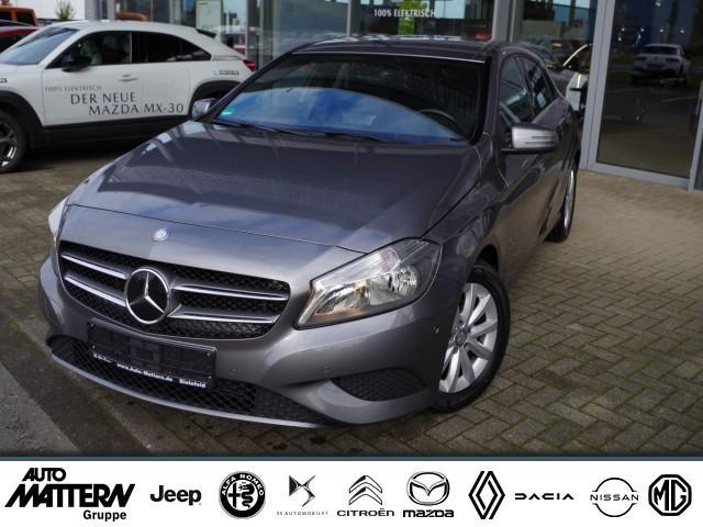Mercedes-Benz A 180 A -Klasse A 180 BlueEfficiency Style Navi Teilleder, Jahr 2015, Benzin