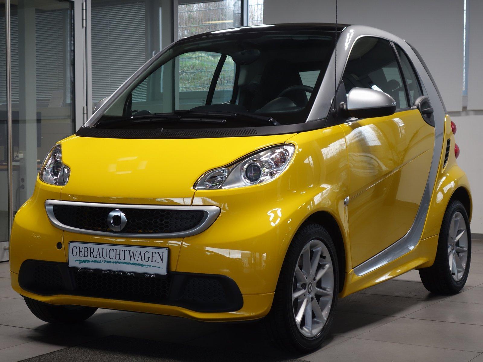 smart fortwo coupe mhd Passion|Klima|Sitzh., Jahr 2014, Benzin
