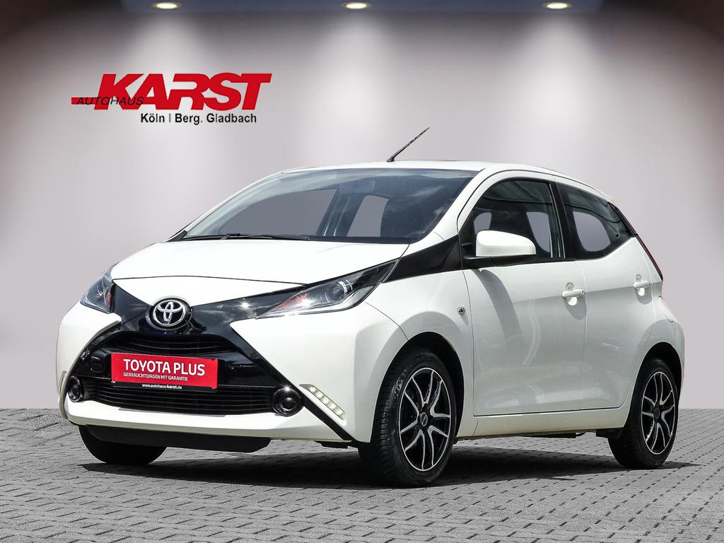 Toyota Aygo X-Play 5-Tür Radio,Klima,Leichtmetallfelgen, Jahr 2017, Benzin