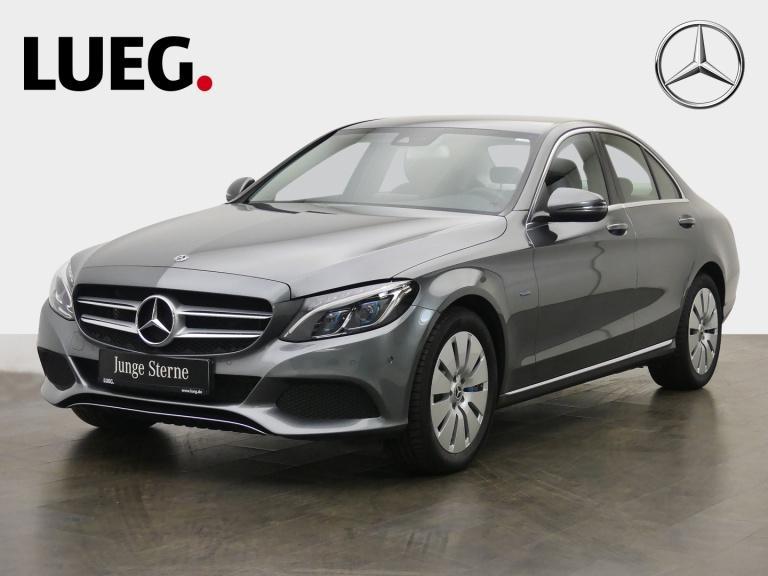 Mercedes-Benz C 350 e Avantgarde+COM+LED-ILS+Airm+ParkAsst+RFK, Jahr 2017, Hybrid