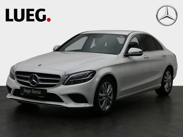 Mercedes-Benz C 300 Avantgarde+Navi+LED-HP+SpurPk+CarPl+Kamera, Jahr 2019, Benzin