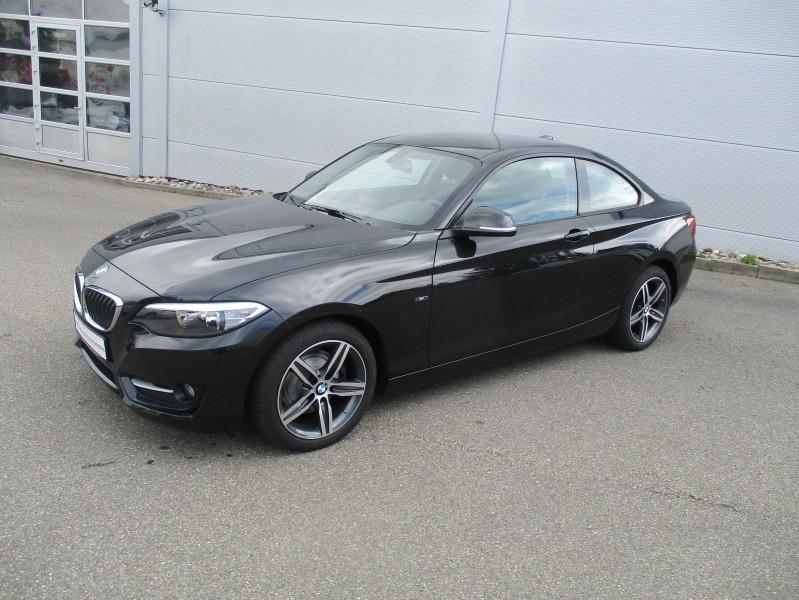 BMW 220d Coupe Sport Line Klimaaut. Sportsitze 17ŽLM, Jahr 2015, diesel