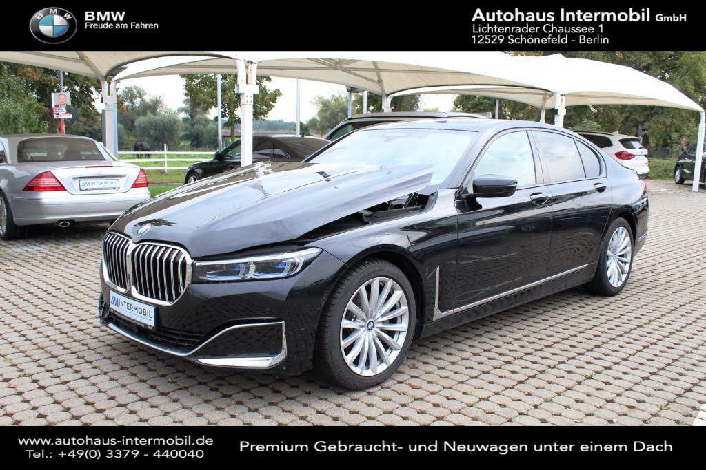 BMW 730 d xDrive*Parken*H-Up*Unfallschaden*, Jahr 2021, Diesel