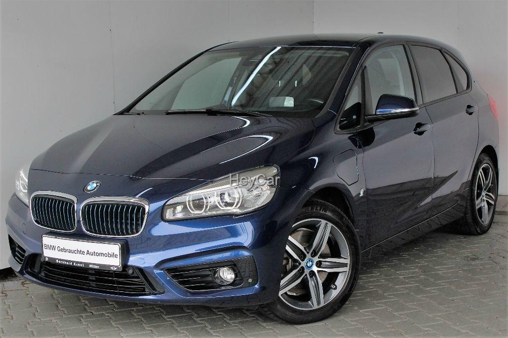 BMW 225 Active Tourer xe iPerformance Steptronic Sport Line Navi Automatik Tempom.aktiv Bluetooth PDC MP3 Schn., Jahr 2017, Hybrid