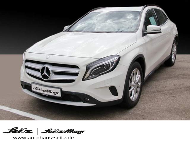 Mercedes-Benz GLA 220 CDI 4Matic Style Xenon Navi AHK Kamera, Jahr 2014, Diesel