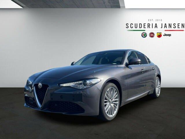 Alfa Romeo Giulia 2.0l Super | Assistenz Paket, Jahr 2020, Benzin