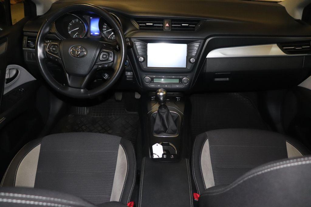 Toyota Avensis Touring Sports 1.8 Edition S+, Jahr 2017, Benzin