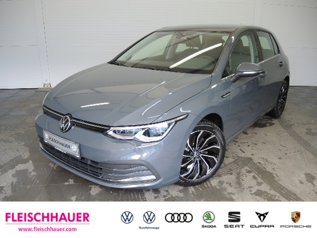 Volkswagen Golf 8 Style 1.5 TSI ACT OPF NAVI, Jahr 2020, Benzin