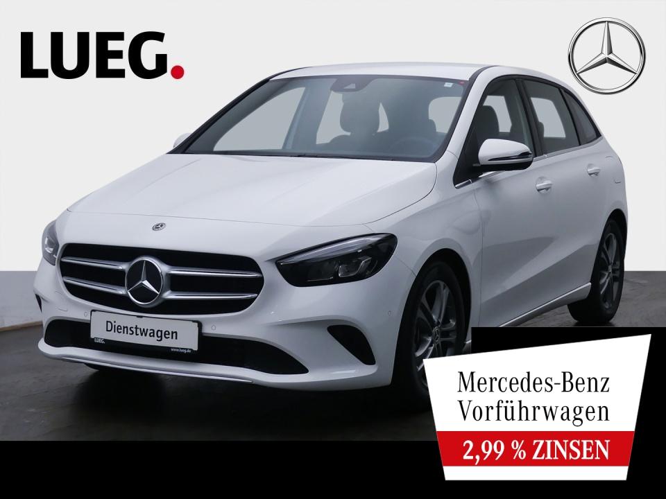 Mercedes-Benz B 180 d STYLE+17''+TOTW+KAMERA+LED+PTS+DAB+NP44, Jahr 2021, Diesel