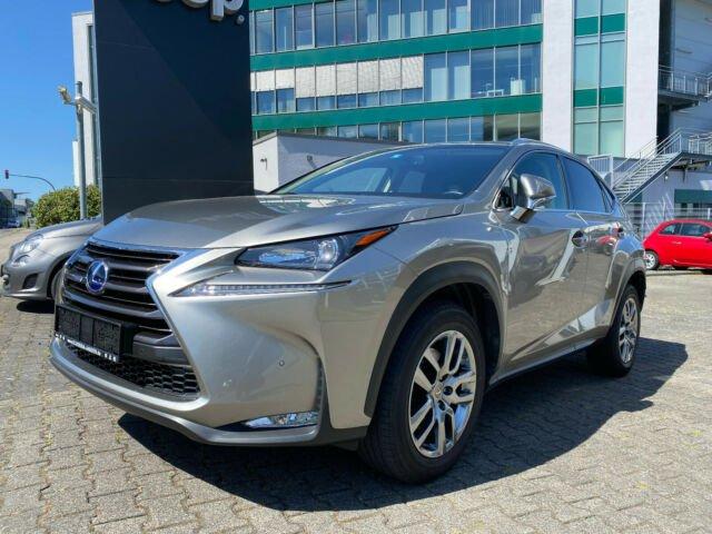Lexus NX 300h E-Four Executive Line | Hybrid, Jahr 2015, Hybrid
