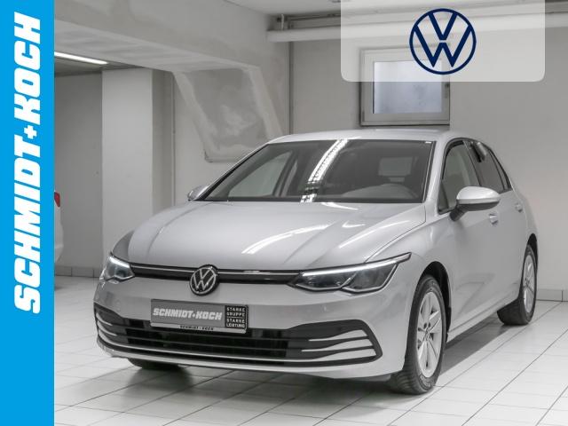 Volkswagen Golf VIII 1.5 eTSI OPF LIFE DSG, LED, ACC, Navi, Jahr 2020, Benzin