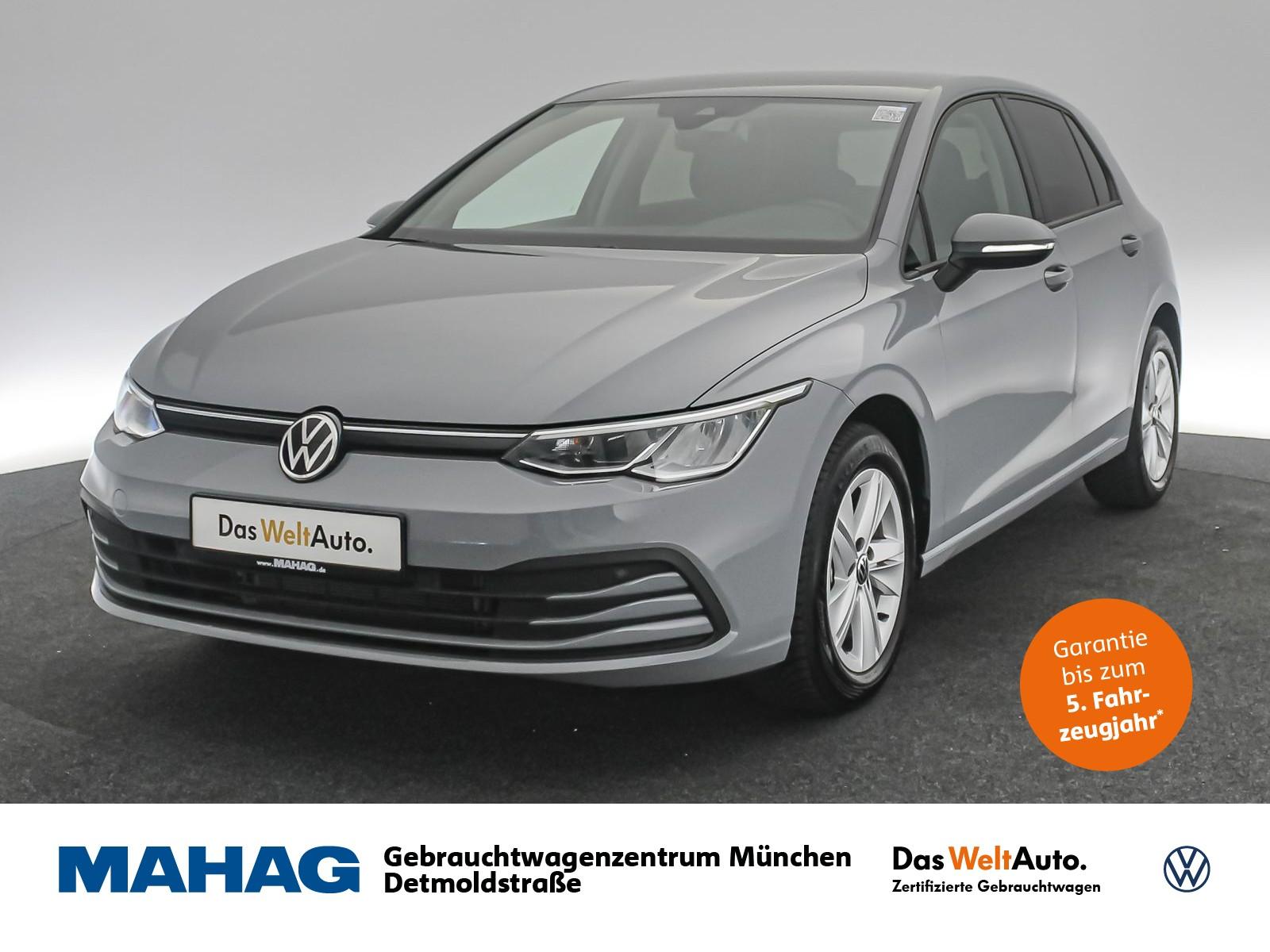 Volkswagen Golf VIII LIFE 1.5 TSI NaviPro LED DigitalCockpitPro SportSitze Sprachbed. Standhz. 6-Gang, Jahr 2020, Benzin