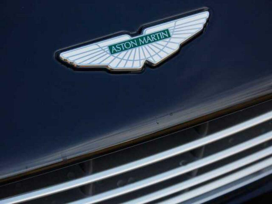 Aston Martin DB11 V12 Coupe **B&amp,O 1000Watt**, Jahr 2017, Benzin