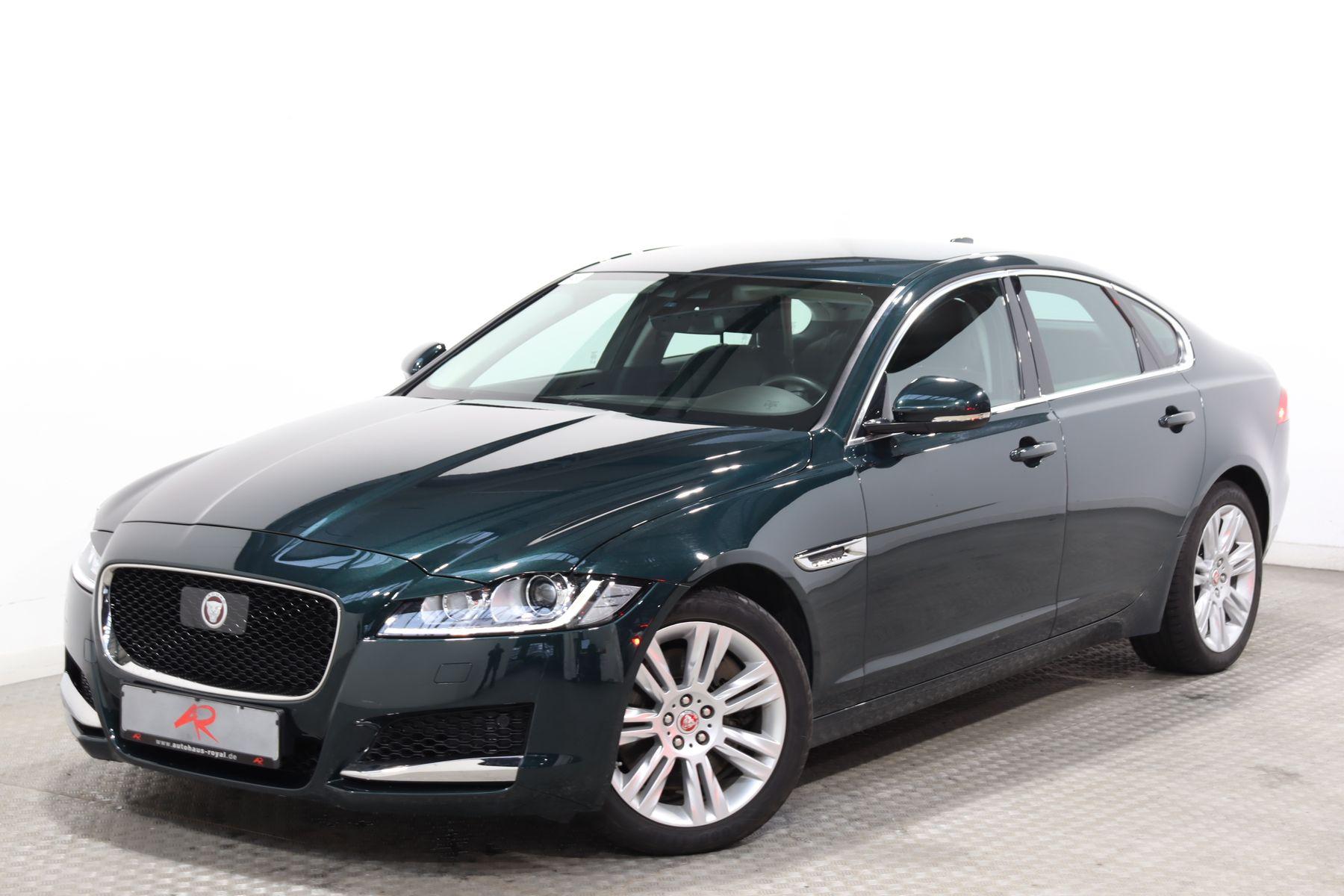 Jaguar XF 3.0 AWD PORTFOLIO ACC,KAMERA,SCHECKHEFT,1.HD, Jahr 2016, Benzin