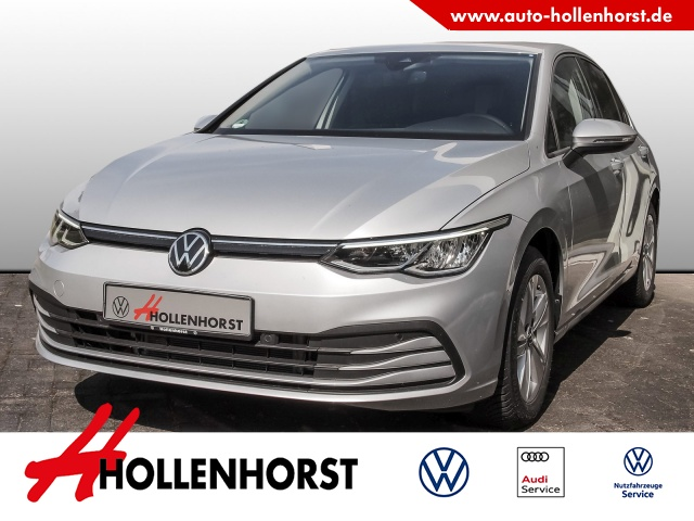 Volkswagen Golf VIII 1.5 l BT TSI Life DSG NAVI Bluetooth LED, Jahr 2020, Benzin