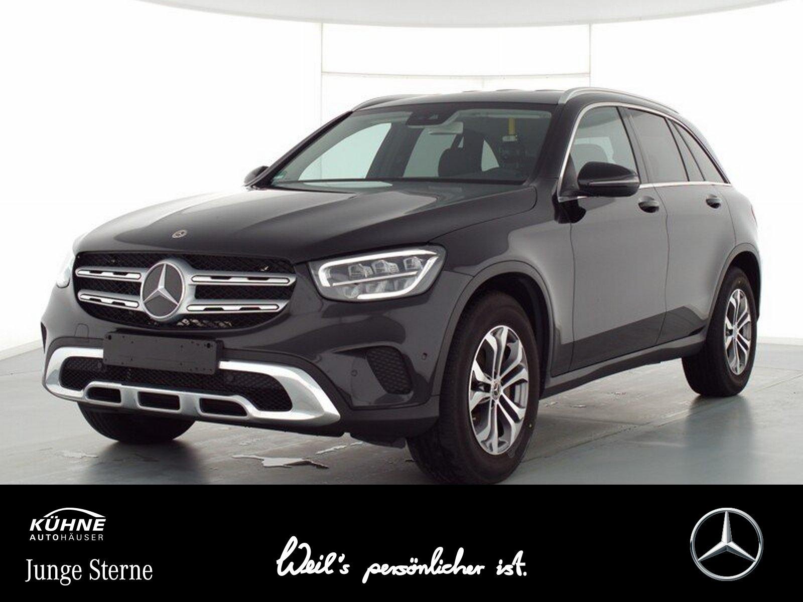 Mercedes-Benz GLC 200 4M Business Paket+Kamera+17'+Ambiente, Jahr 2020, Benzin