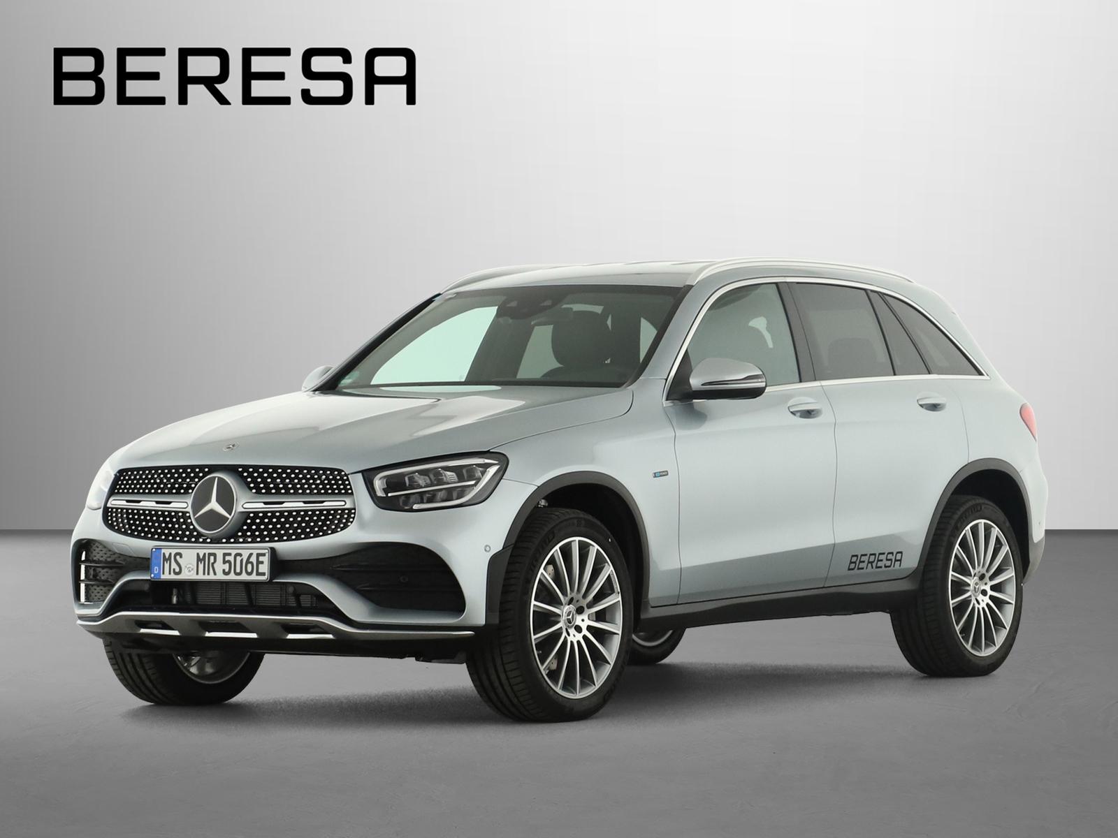 Mercedes-Benz GLC 300 e 4M AMG Fahrassist. LED AHK Kamera PDC, Jahr 2021, Hybrid