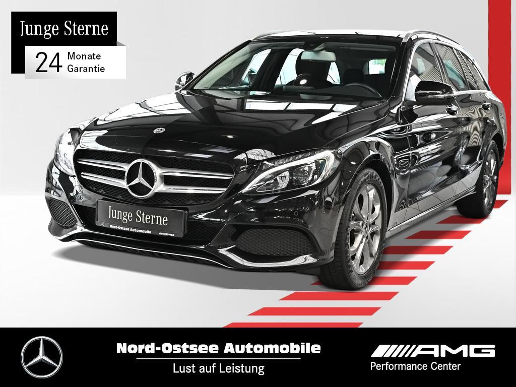 Mercedes-Benz C 220 d T Avantgarde AHK LED Kamera Easypack SHZ, Jahr 2018, Diesel