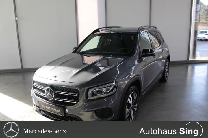 Mercedes-Benz GLB 250 4MATIC Night LED AHK Kamera PDC, Jahr 2019, Benzin