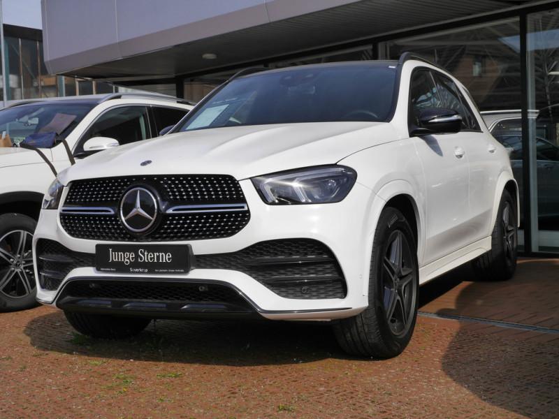 Mercedes-Benz GLE 450 4M AMG Line Fahrassist./Pano.-Dach/Night, Jahr 2020, Benzin