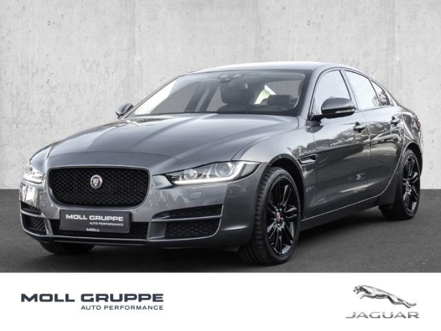 Jaguar XE 20d AWD Prestige, Jahr 2016, Diesel