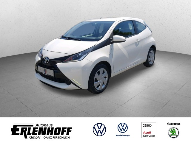 Toyota Aygo 1.0 x-play, Klima, elektr. beh. Spiegel, Bluetooth Telefonschn. x-play, Jahr 2015, Benzin