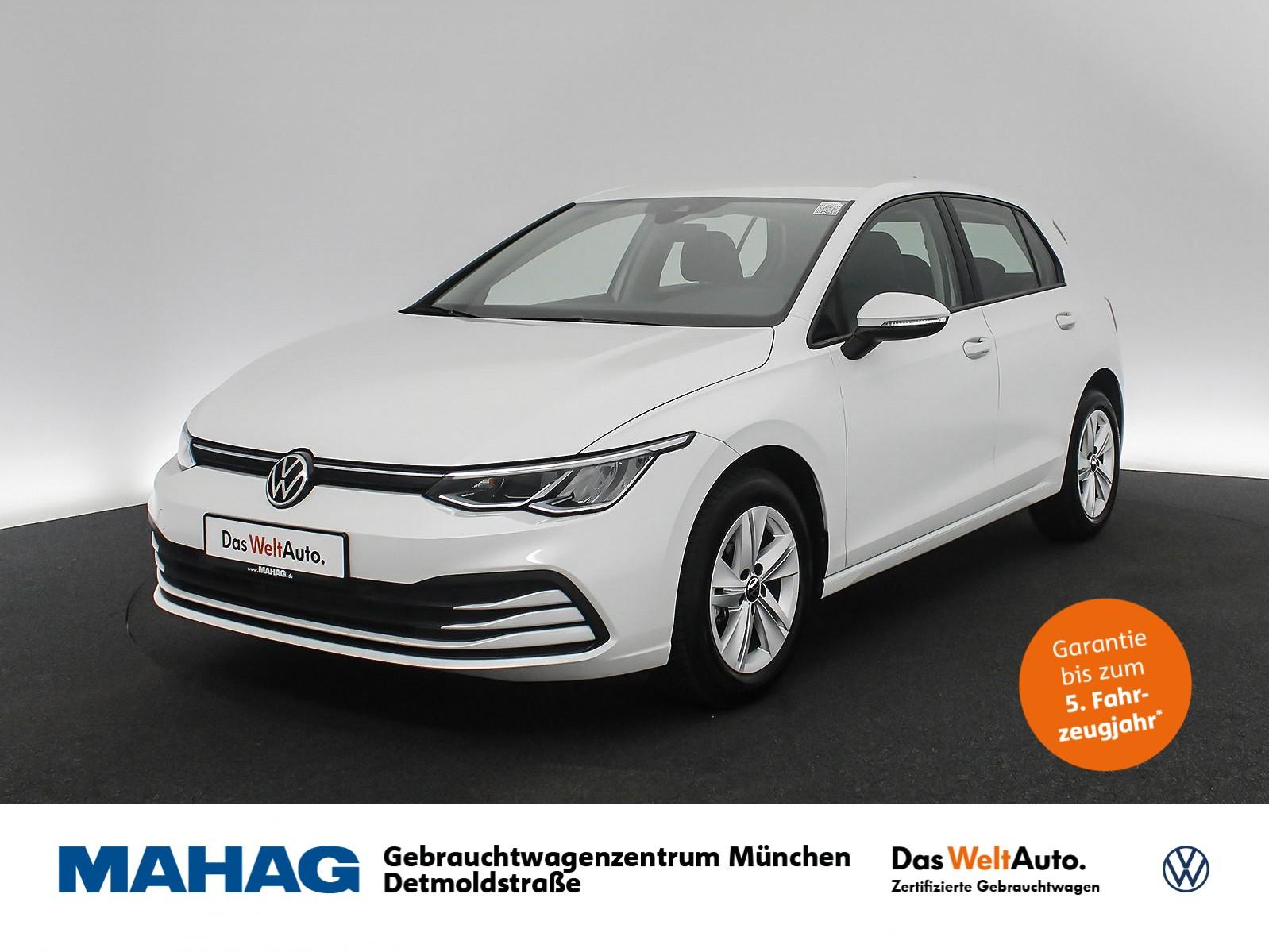 Volkswagen Golf VIII LIFE 1.5 TSI NaviPro LED DigitalCockpit Keyless DAB+ Sprachbed. 6-Gang, Jahr 2020, Benzin