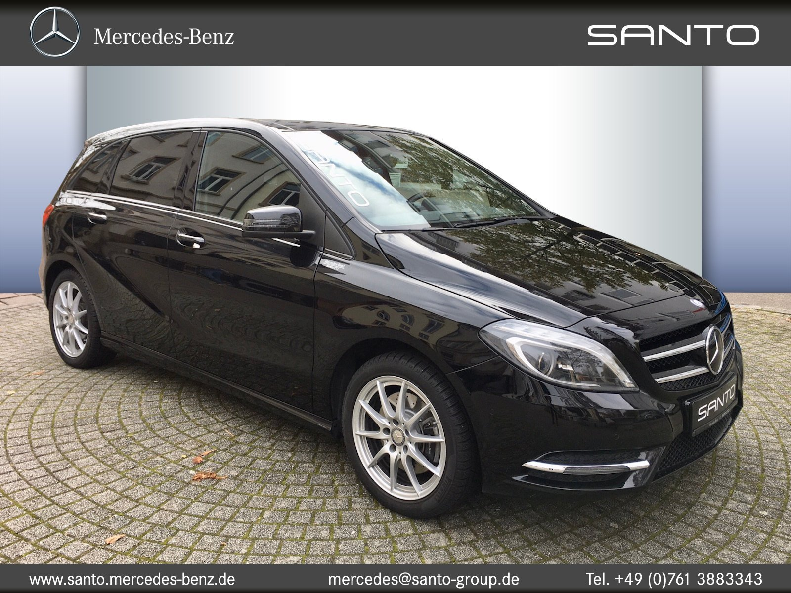 Mercedes-Benz B 250 + 1. HAND + AUTOMATIK + PANORAMA + LEDER, Jahr 2014, petrol