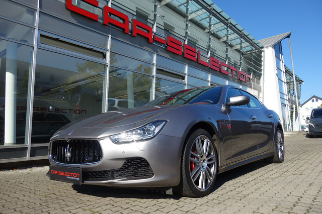 Maserati Ghibli 3,0 V6 1.HD NAVI TOUCH/BELÜFTUNG/20/PDC, Jahr 2017, Benzin
