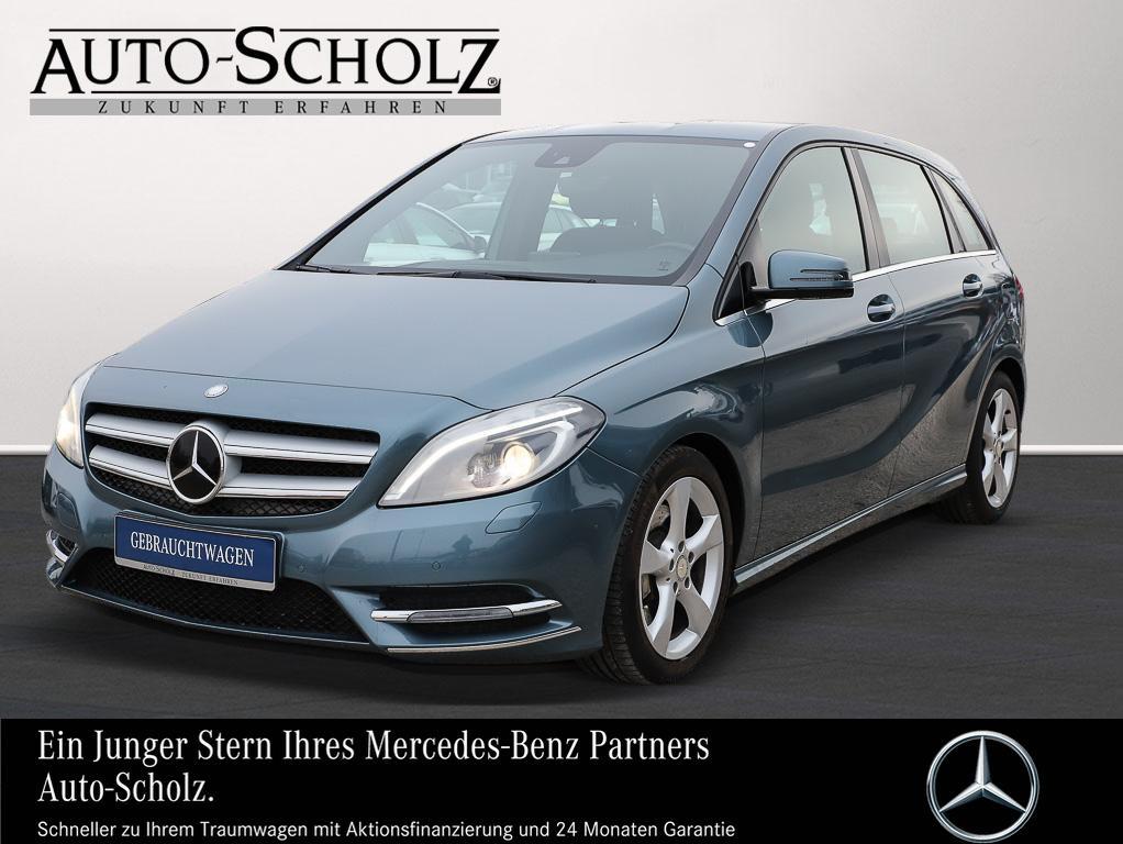 Mercedes-Benz B 250 SPORTPAKET+XENON+ILS+NAVI+PARKPILOT+SHZ+7G, Jahr 2013, petrol