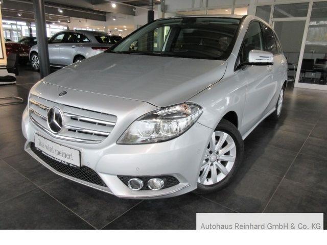 Mercedes-Benz B 180 Navi+PDC+Sitzheizung+LM16''+SpiegelPaket+, Jahr 2013, Benzin