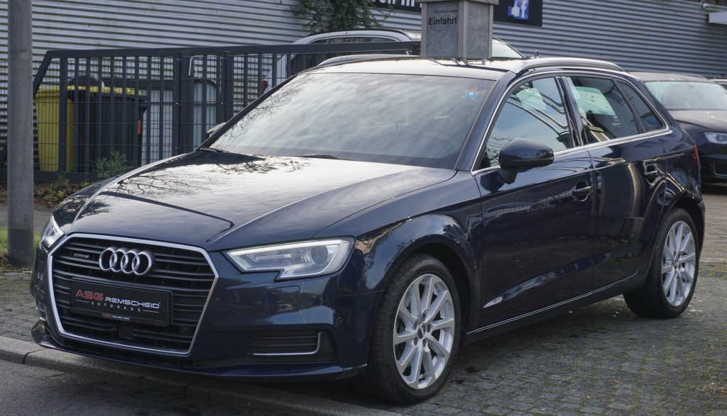 Audi A3 2.0 TDI quattro S-Tr. *Navi *Magnetic *KeyGO, Jahr 2017, Diesel