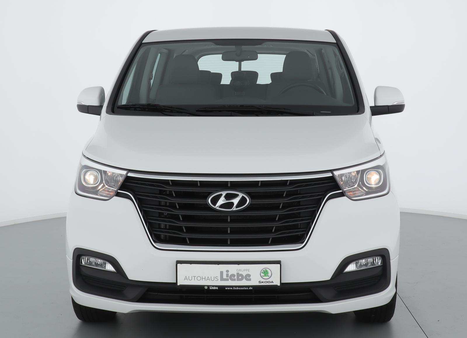 Hyundai H-1 TRAVEL TREND 2.5 CRDi NAVI+SITZHZ+TEMPOMAT, Jahr 2019, Diesel