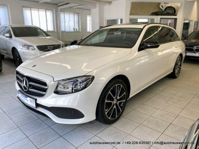 Mercedes-Benz E 200 T 4Matic Avantgarde NIGHT LEDER SD AHK KAM, Jahr 2018, Benzin
