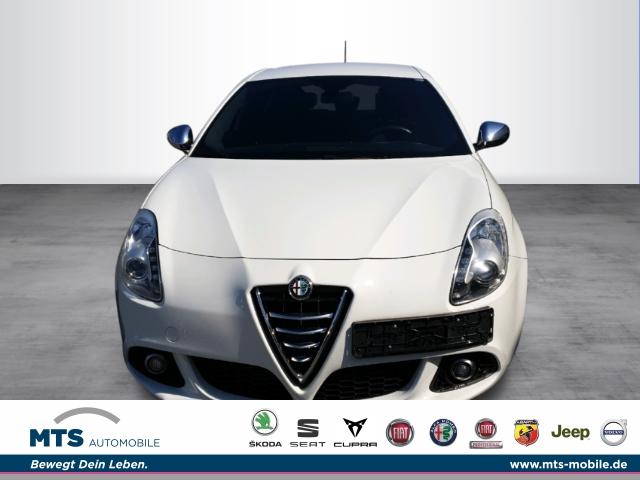Alfa Romeo Giulietta Impression Garantie, Sitzheizung, Navi, PDC, Jahr 2014, Diesel